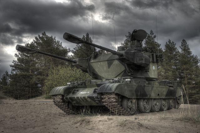 Скачать песню танки вышли в поход