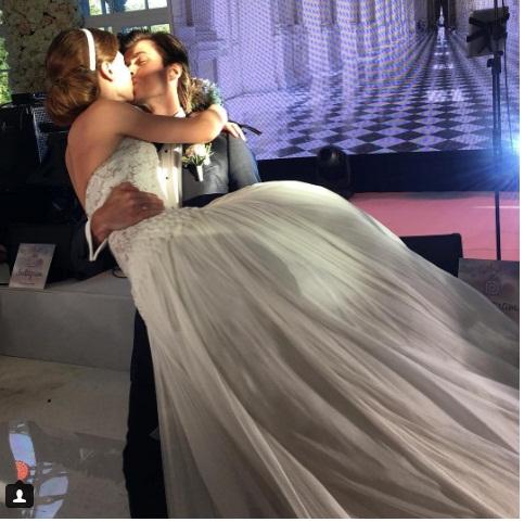 Анна Тихомирова вышла замуж за