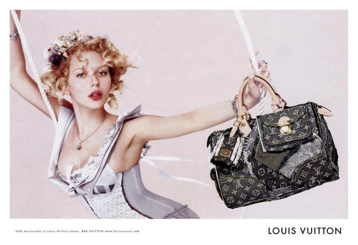 Фотографии сумок и других изделий Louis Vuitton, а также торт Louis...
