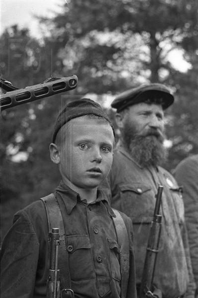visages de soldats Post-1262195376