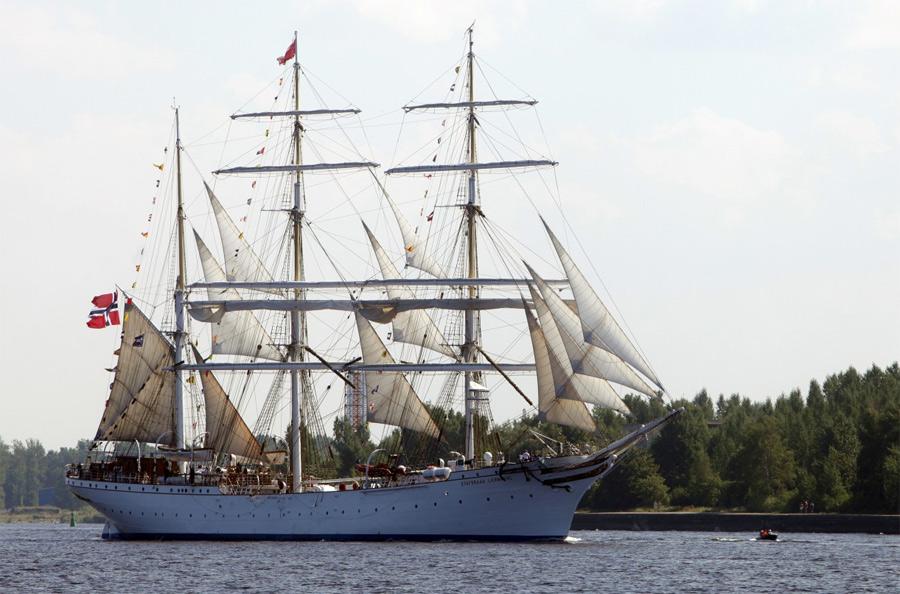 главном бою картинки яхта дункан спереди